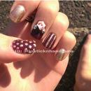 Gold Rose Nails