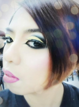 A beauty makeup look inspired by both Nicki Minaj and Arabic makeup looks