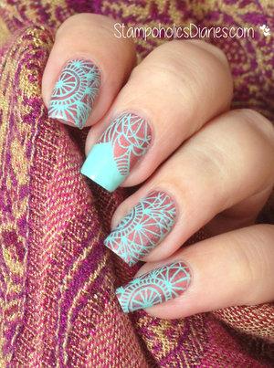 http://stampoholicsdiaries.com/2015/03/05/mint-copper-nails-with-essence-mundo-de-unas-pueen/