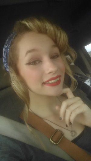 classic pin up look