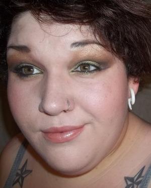 wet n wild 8 pan eyeshadow in comfort zone