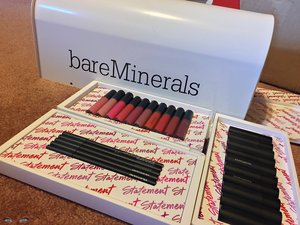 EXTRA! EXTRA! MAIL DELIVERY. New bareMinerals collection review, check it out, bunnies XOXO. http://theyeballqueen.blogspot.com/2017/06/bareminerals-new-statement-lip.html