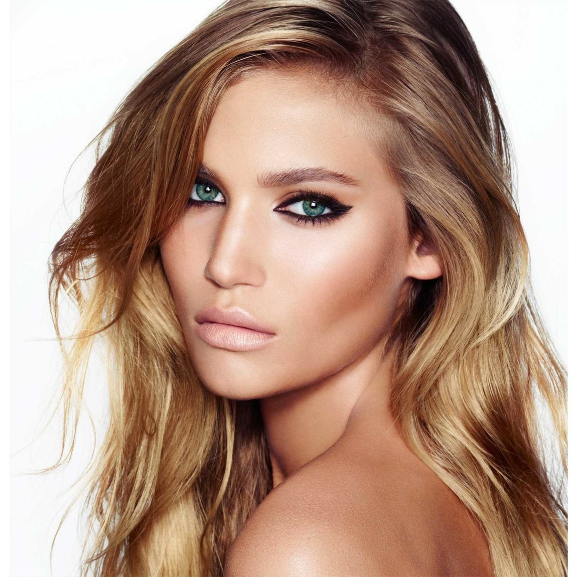 Charlotte Tilbury Get the Look The Rock Chick product swatch.