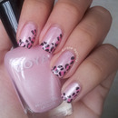One-side Leopard Print nails