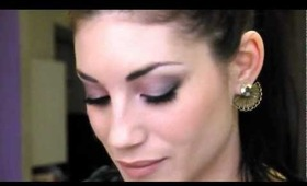 Make up more occhi scuri toni verde e rosa
