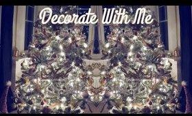 Decorating The Christmas Tree   Danielle Scott
