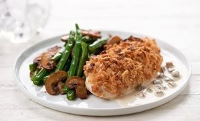 Crispy Onion Chicken with Creamy Mushroom Sauce & Green Beans | Home Chef Recipe
