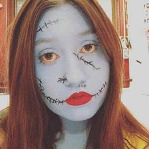 FOUNDATION - Global Colours Face And Body Paint Baby Blue SETTING LIQUID - Ben Nye Liquid Seal EYELINER - Tarte Tarteist Clay Paint Liner Black LIPLINER - Girlee Lipliner Pencil Red Velvet LIPSTICK - Besame Classic Color American Beauty