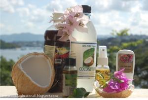 coconut oil, noni juice, tamanu, oil, natural insect repellant, vanuatu haul http://memybestandi.blogspot.com/2011/08/healthy-holiday-hauling.html