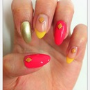 Colorful easy nails with clay deco