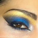 Electric Blue Arabic Smokey Eye