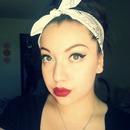 Simple eyes, Super bold lips