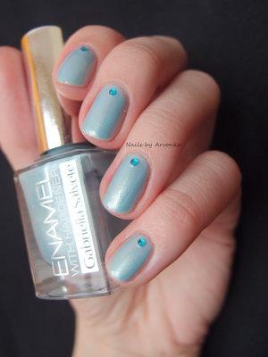 http://arvonka-nails.blogspot.sk/2015/01/gabriella-salvete-144.html