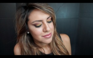 I created this look using the anastasia artist palette. I create a video on youtube if you want to see how to get this look. https://www.youtube.com/watch?v=cgXnTQOWYIY