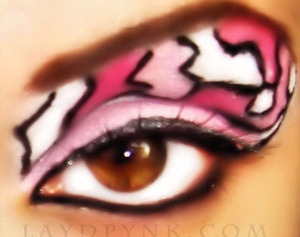 eye pink camo