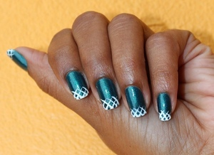 """Some simple """"X""""'s to make this easy lattice pattern on your tips. http://chinadolltt.blogspot.com/2012/07/lattice-tips-with-tutorial.html"""