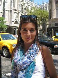 Street Spy: Marianela Y.