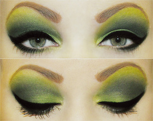 Used http://www.rockeresque.com/ Canary songbook, wicked witch, and dead as night to create this look. I'm a dork & forgot to put mascara on the right side, derp. :p Also used Sephora's precise liquid eyeliner & primer pot, & N.Y.C taupe brow penci