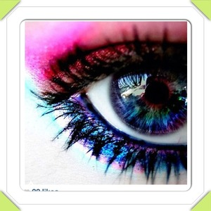 Kathalynn's eye shadow and contacts! 💜❤💚💙💛