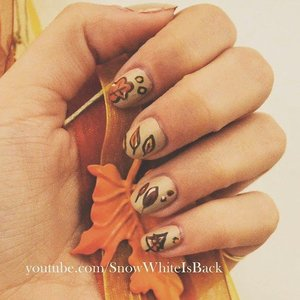 Watch the tutorial for these nails https://www.youtube.com/watch?v=cVRMbfIByRA&list=UUnYf0K3DJ9hcWg5CENkg5zA