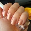"""Nude shimmering Flormar (""""naked nails"""")"""