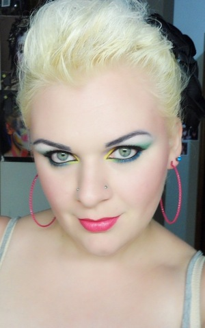 The Circus Is In Town. {My makeup i wore to Cirque du Solei - 8th july 2011