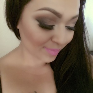 Orb, softbrown, embark, carbon and brulé on my eyes top to bottom saint Germain lipstick all by mac