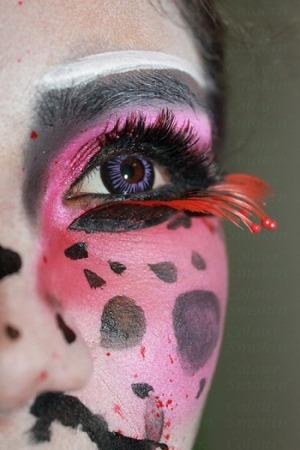 http://smokincolour.blogspot.com/2012/09/durga-usagi-inspired-look.html
