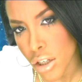 My favorite Aaliyah looks ♥