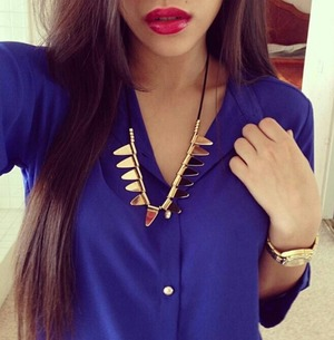 blue#red lips