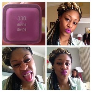 Covergirl lipstick #330 divine