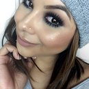 Smokey eyes w pop of Blue