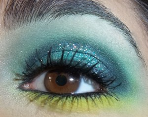 A glittery St. Patrick's Day look!