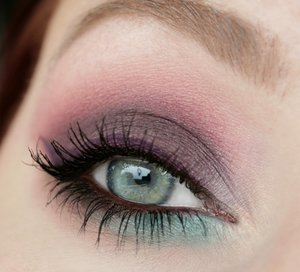 Too Faced Sugar Pop Palette: Blackberry, Macaron, Blue Raspberry, Peach Fuzz, Strawberry Ice and Rock Candy 😽Maybelline Color Tattoo - Vintage Plum as a base 😚 Inglot Amc Eyeliner Gel 74 😘MAC Powerpoint eye pencil Bordeauxline