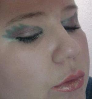 Fallen Angel eyes, & Gypsy Lips <3
