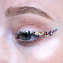 My eyes decided to throw a party!