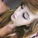 eyeliner wings