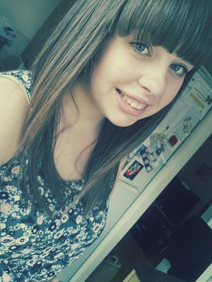 Had my hair cut today, first fringe in 7 years! So happy with it, I love it:D