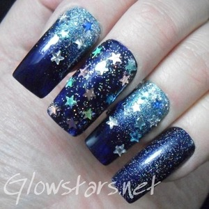 For a tutorial on this mani and more nail art visit http://Glowstars.net