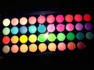 http://www.shanycosmetics.com/NEW-SHANY-BOUTIQUE-40-color-eyeshadow/M/B001C6H6F8.htm