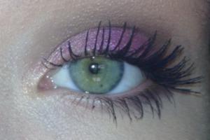 Maybelline Limited Edition Color Tattoo in Fierce Fuchsia meets Urban Decay Naked Palette http://pinterest.com/hellobbail/ http://hellobbail.blogspot.com/