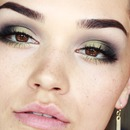 Olive Green Smokey eyes