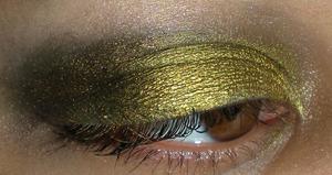 Eyes: Bold Gold with Fyrinnae