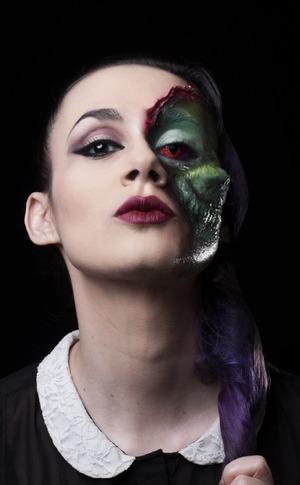 Photography: Daniel Isaza Makeup and Model: Lina Toro