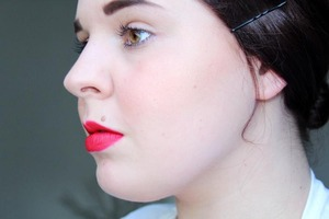 MAC Ronney Red Lipstick, cant remember the blush but it might be MAC Trace Gold. Lipliner Sephora Real Red