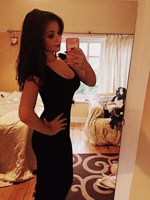 Plain simple black midi dress 💜 (excuse the messy room) 😘