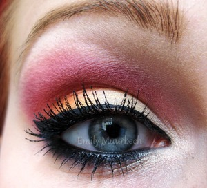 pale yellow, orange and pink using the 120 palette  http://trickmetolife.blogg.se