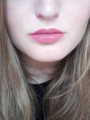 "Stay-on Waterproof Lip Liner  by Bond Street London in the shade ""04 Blushing"""