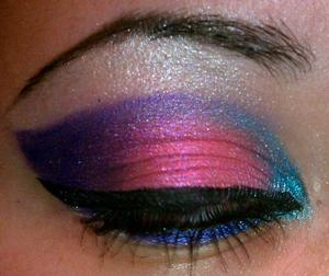 i wear makeup like this to college :D