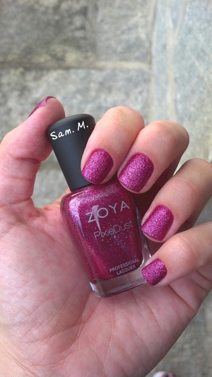 I'm in love with this polish!